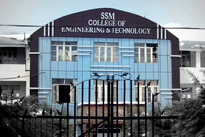 https://cache.careers360.mobi/media/colleges/social-media/media-gallery/2916/2018/9/24/Main Campus View of SSM College of Engineering and Technology Baramulla_Campus-View.jpg